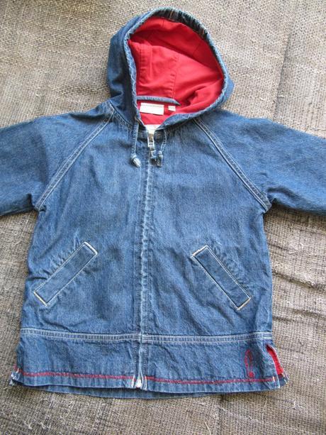 9c1ab28071 Prechodná riflová bunda s poštovným