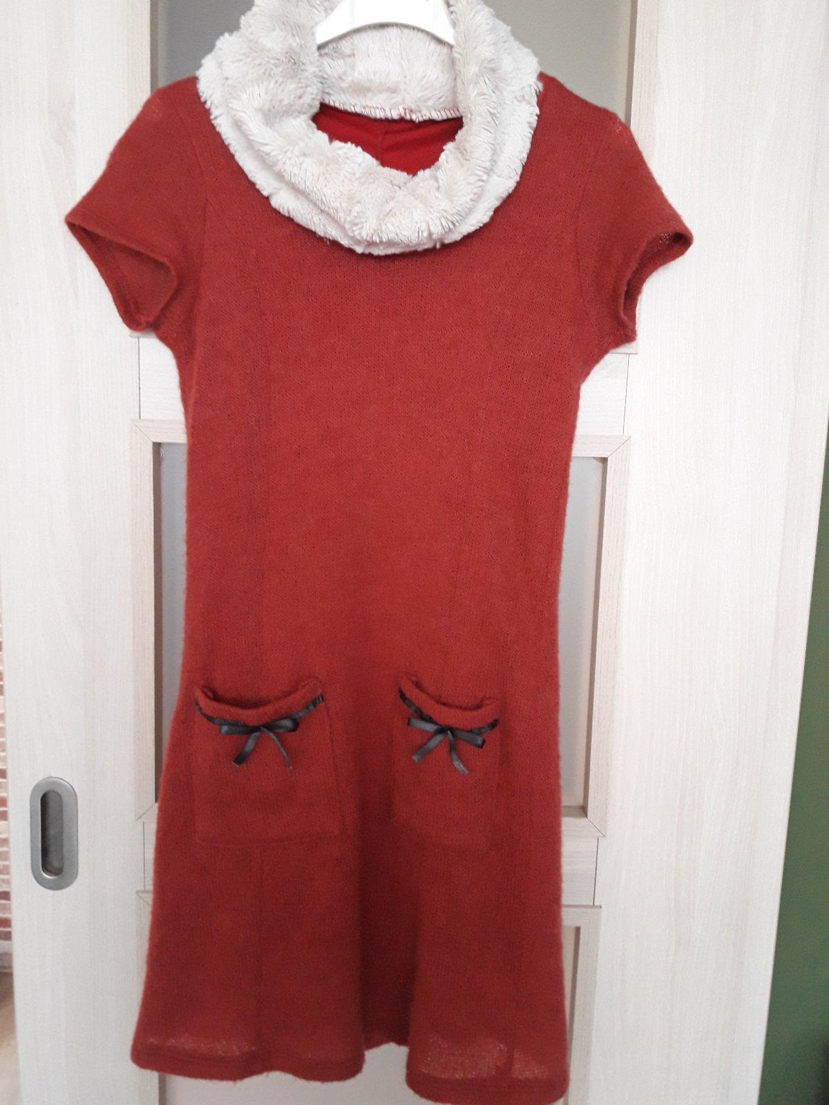 ad8ab3d7a831 Červené šaty s golierom jeseň  zima