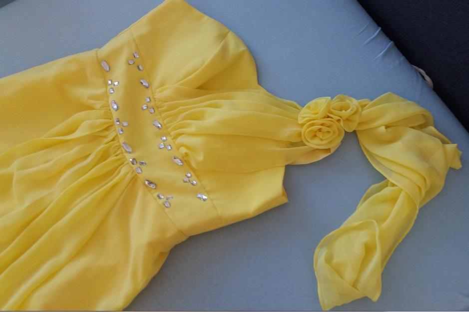 995304288519 1 inzerát • 0 hodnotení. Romantické dlhé žlté šaty na ples ...