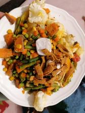 Zeleninka bez oleja iba himalajska sol a kurkuma, šošovicove s chilli chipsy a olomoucke syrecky s plesnou