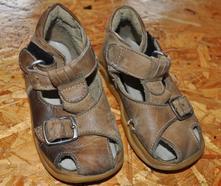 Sandále, 21