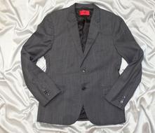 0436b955a776 Hugo boss luxusné pánske sako