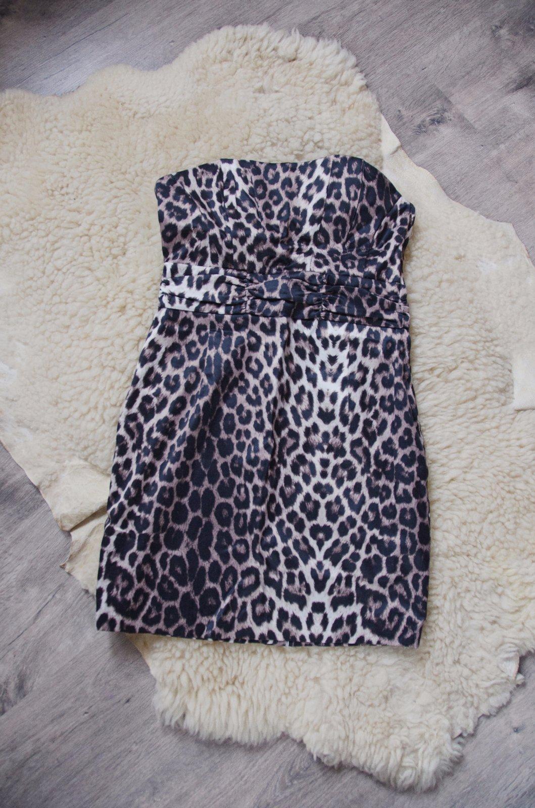 Tigrované šaty d6fb86bc2e7