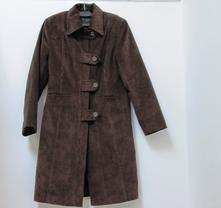 Menčestrový kabát, s