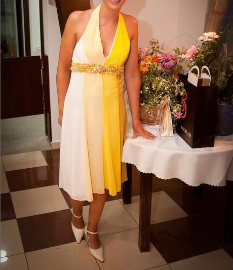 87d24d305105 Spoločenské šaty žlté + topanky gratis