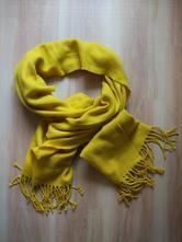 Žltý šál ideálny na jeseň a zimu, m
