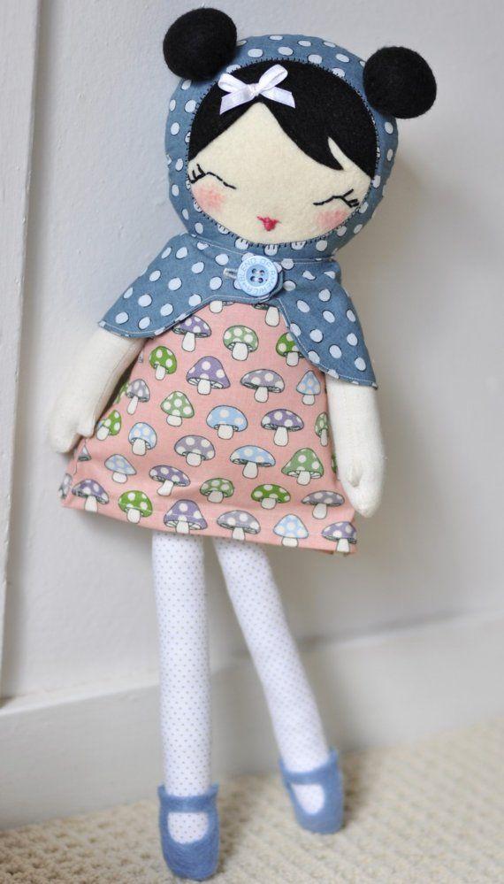 Krásne látkové bábiky pre vašu inšpiráciu. Viac nájdete tu https ... 1b560602dbe