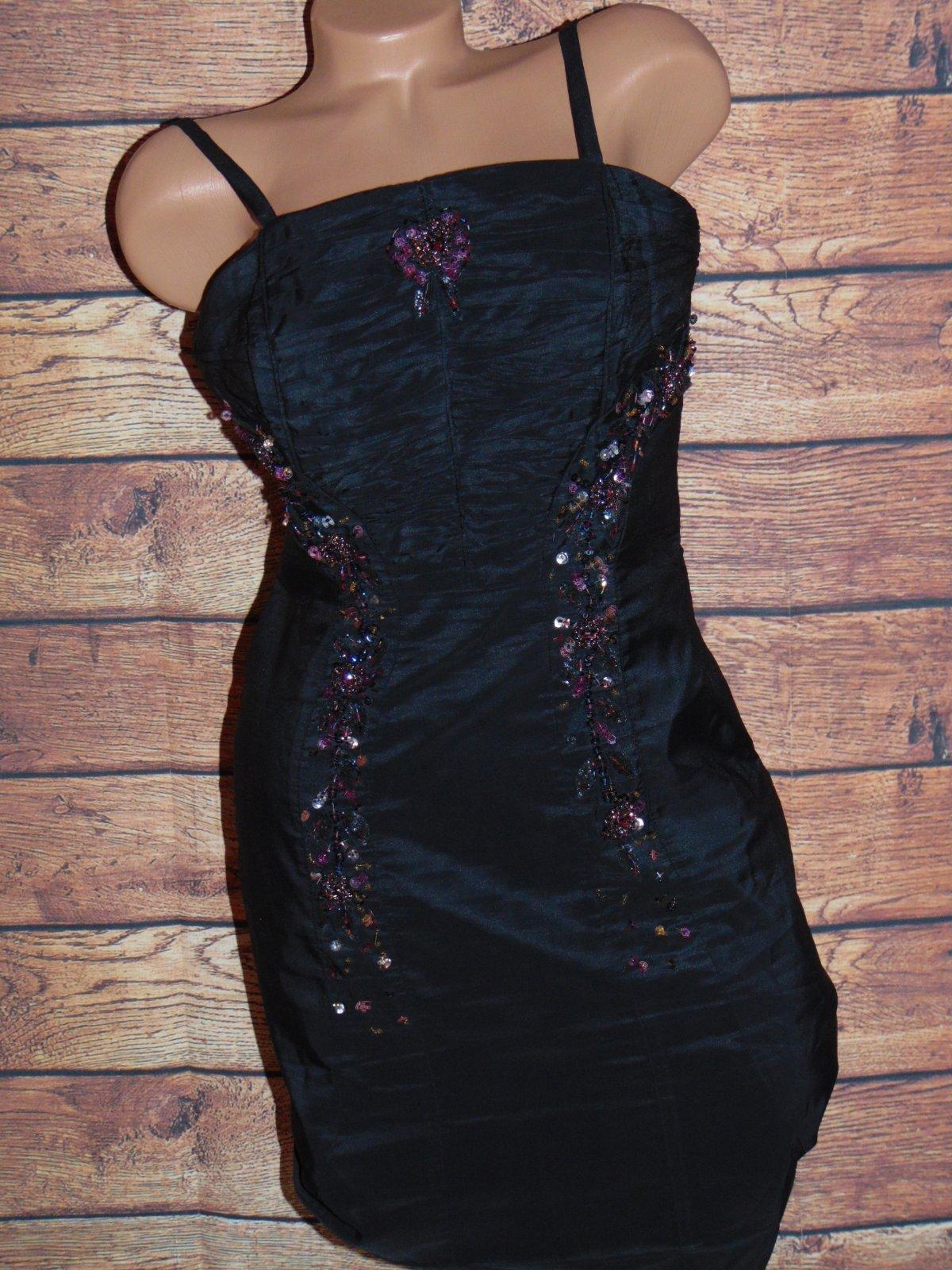 af5eeefcd59d Spoločenské šaty s kamienkami