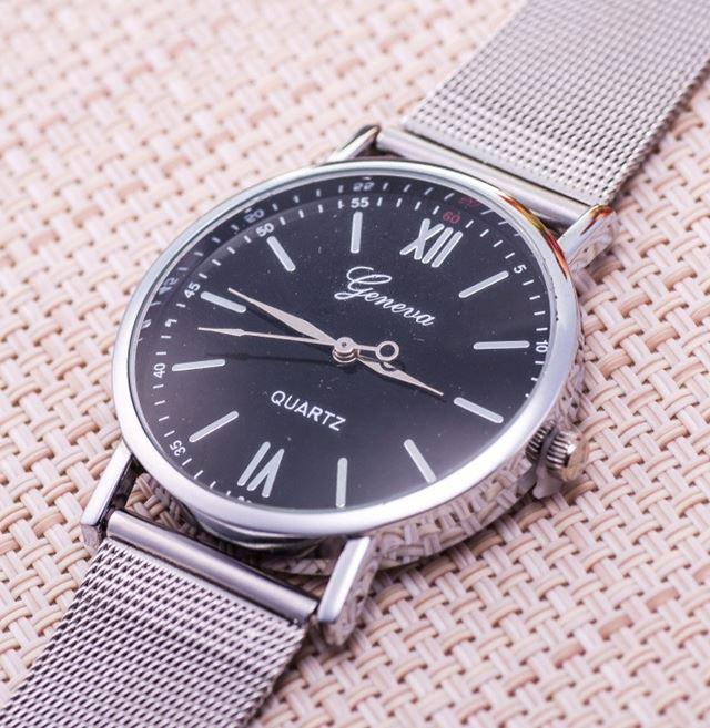 34ab80ecc Zobraz celé podmienky. Luxusní dámské hodinky geneva silver & black,