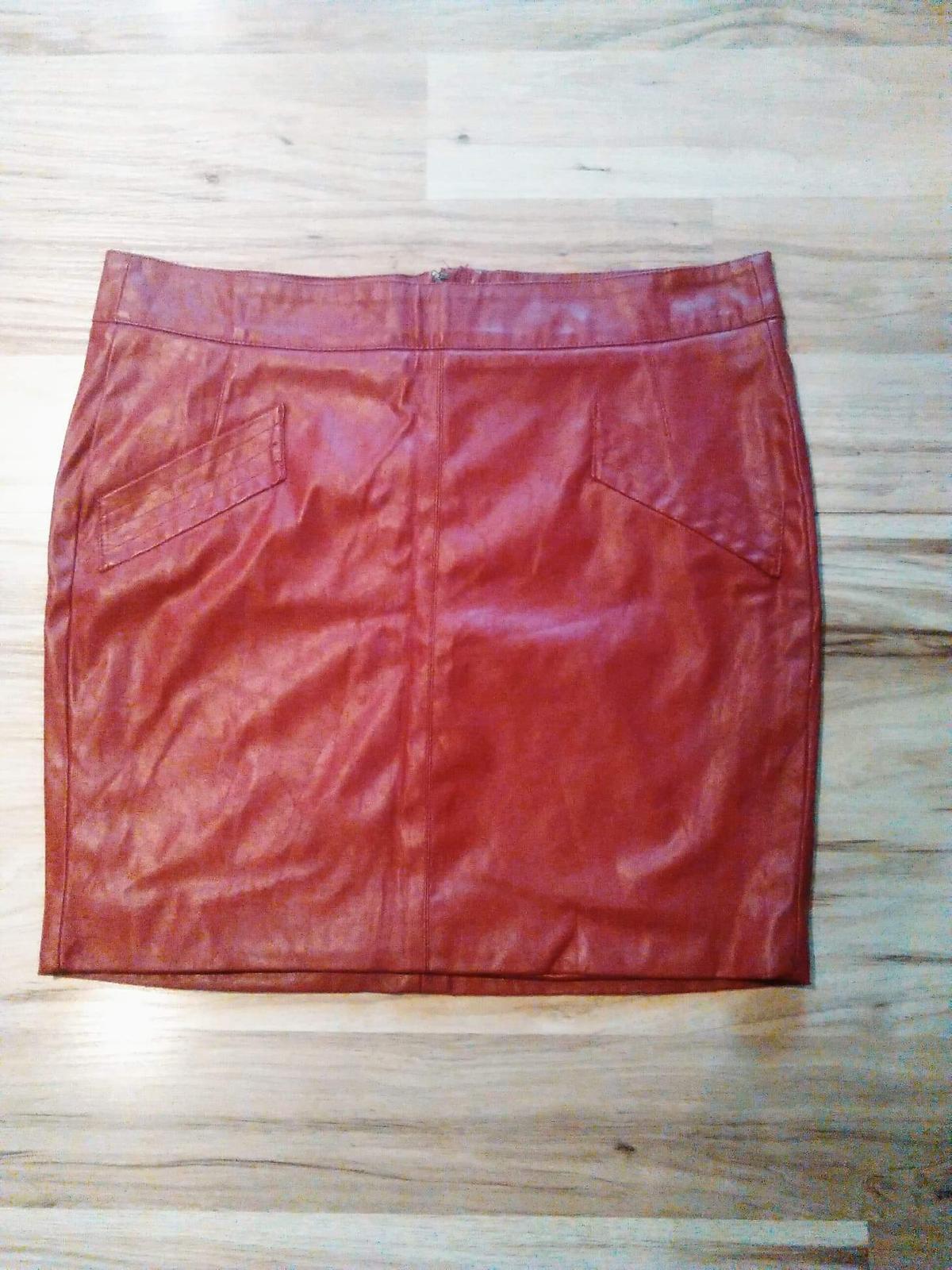 b4ae56774ab9 Damska koženková sukňa