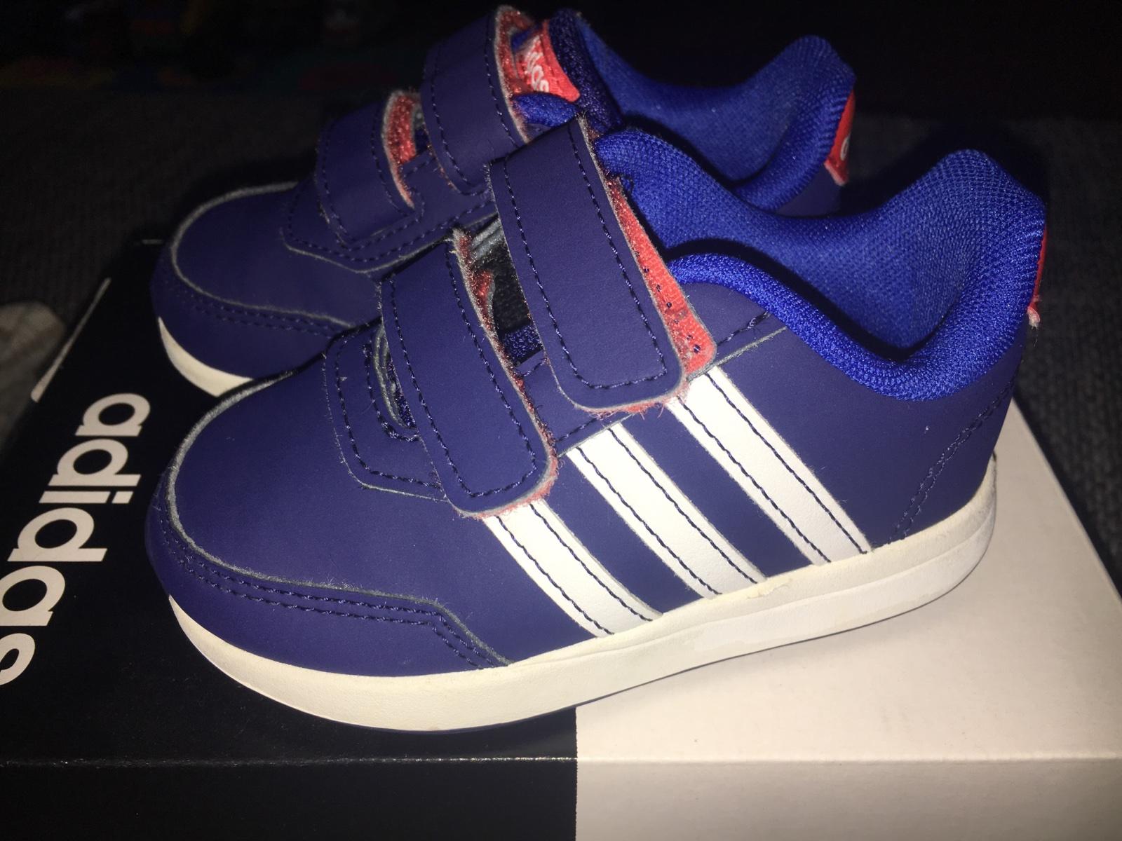 af2de9042adcf Predám adidas botasky, adidas,21 - 15 € od predávajúcej 28111994 | Detský  bazár | ModryKonik.sk