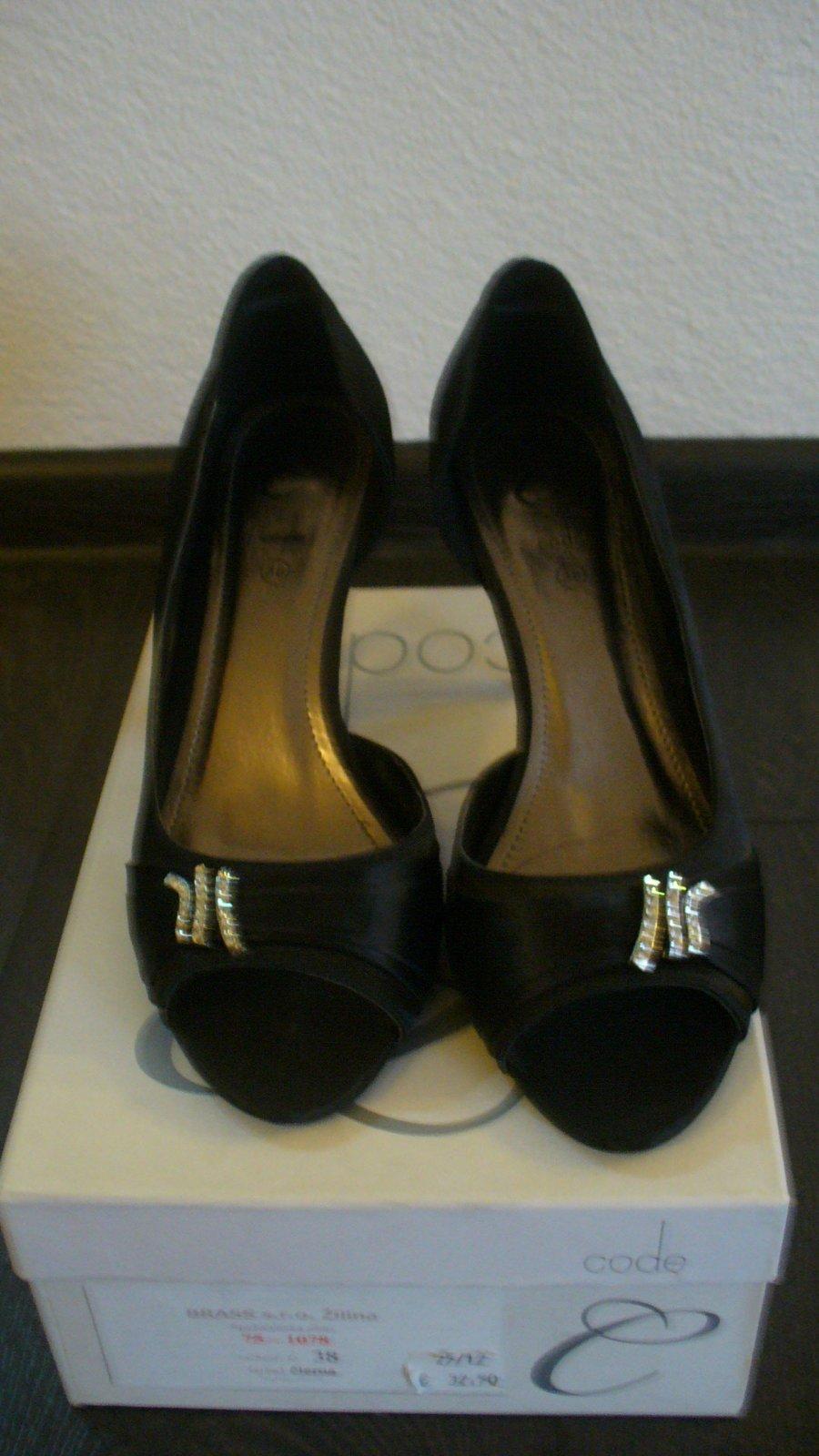 98abb38a4c398 Dámske/dievčenské spoločenské topánky velk.38, 38 - 12 € od predávajúcej  topanocka286 | Detský bazár | ModryKonik.sk