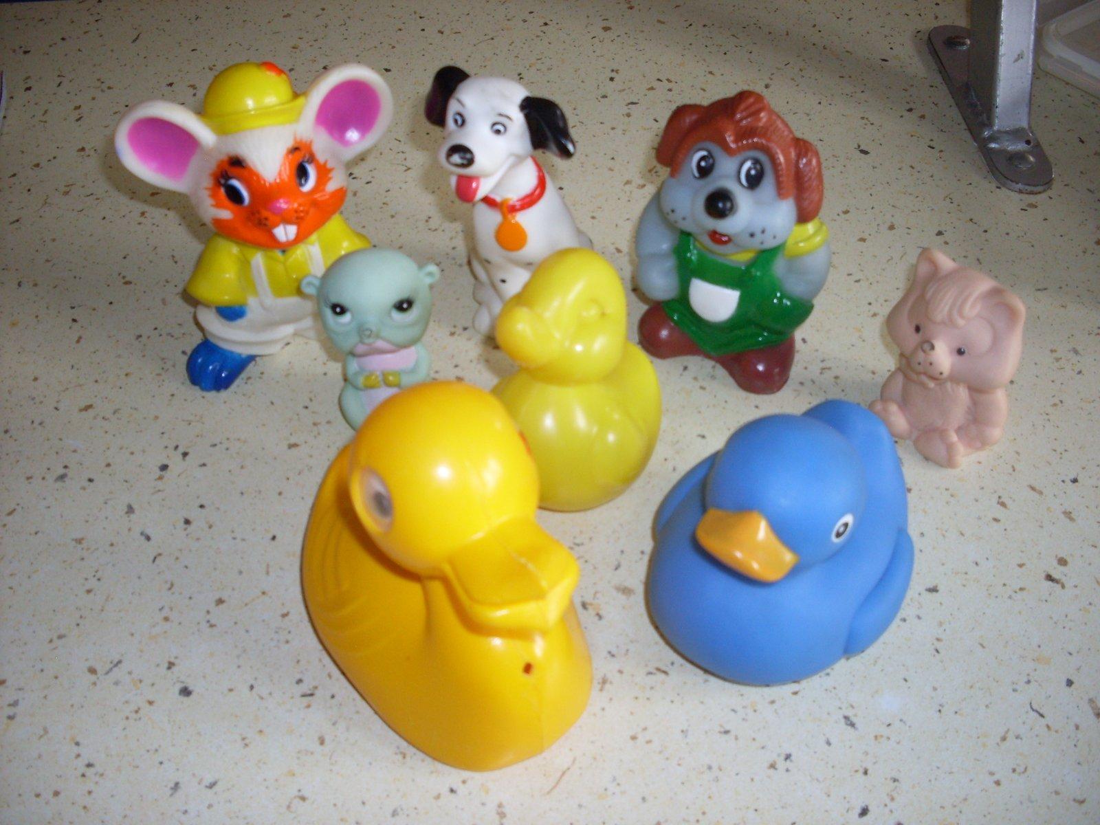 Gumové gumené pískacie hračky cfe182e1d01