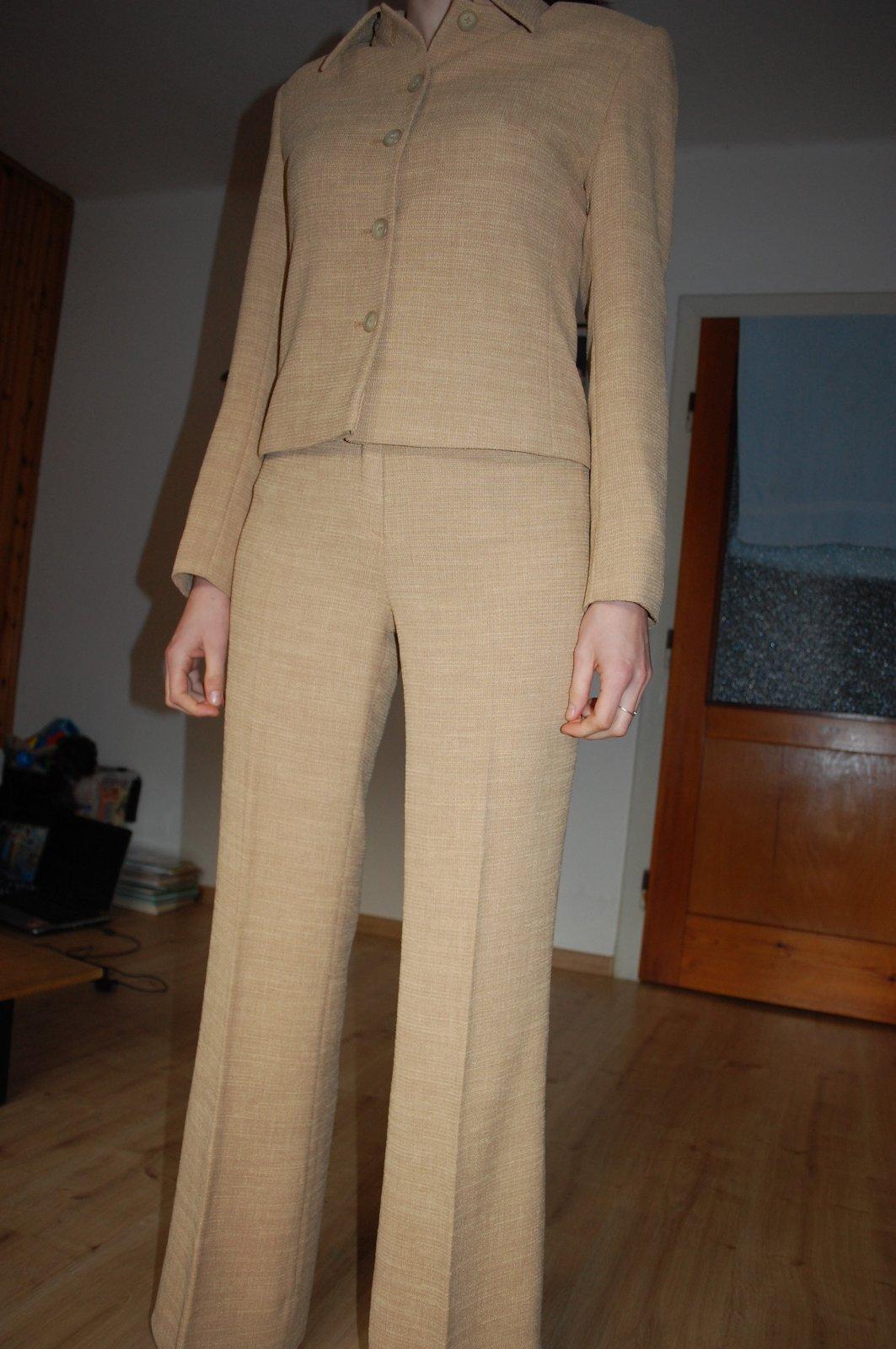 Damsky nohavicovy kostym dohoda mozna e5c9a4ec4fc
