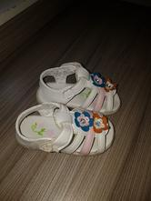 Sandálky, 22
