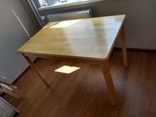d6b49c7e53ed Jedálenské stoly a stoličky   Bledohnedá - Detský bazár