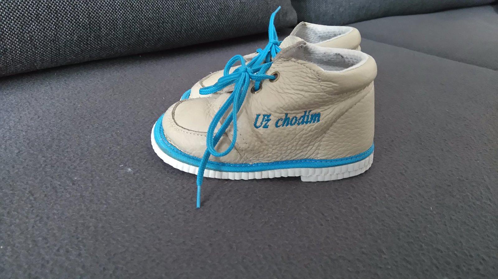 Krásne topánky - capačky 7e8bb54a701