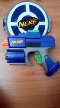 Pištol zn. nerf,
