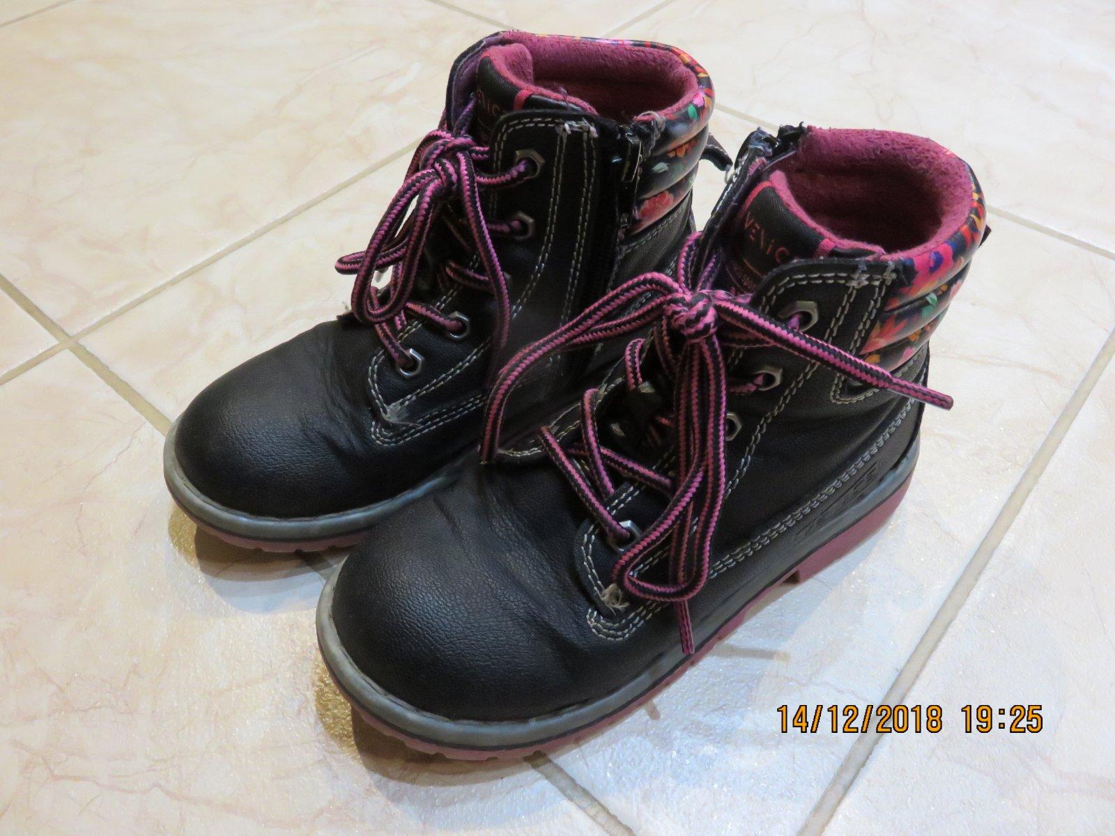 81afafbc7d Zimné kotníkové topánky