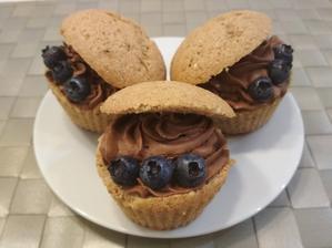 spaldovo-mandlove muffiny s cokoladovou lucinou