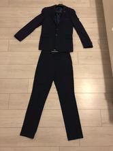 Oblek a košeľa, 46