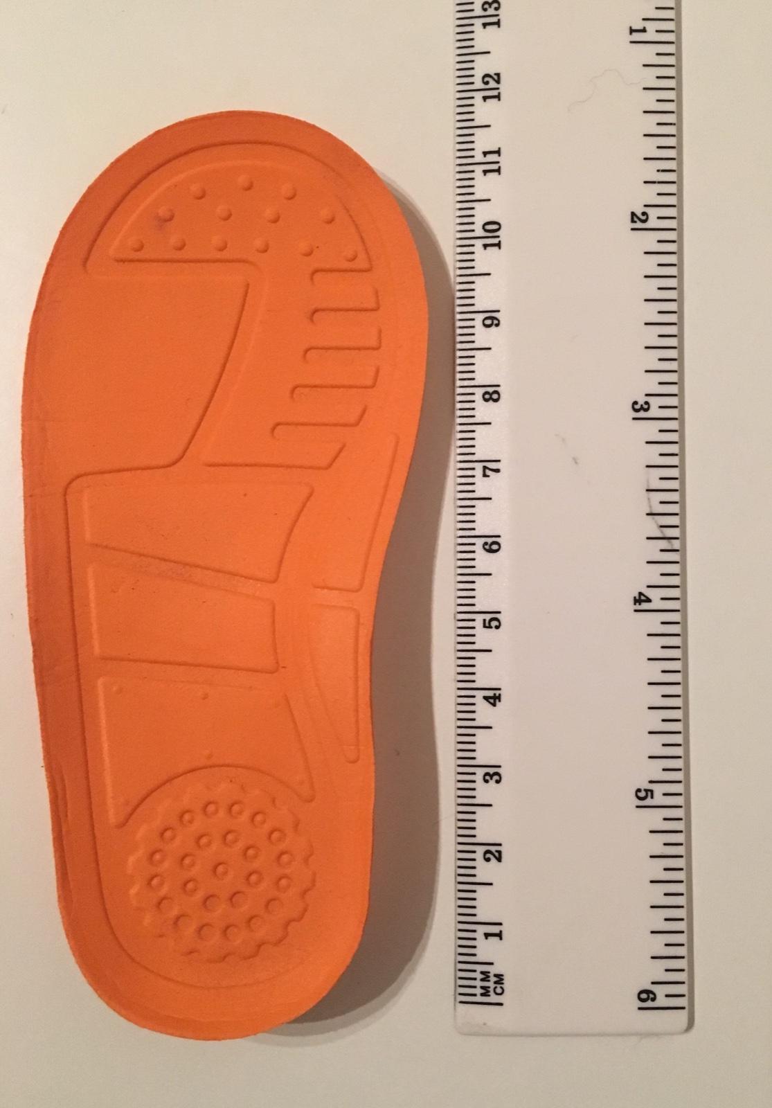528e5753af23 Zobraz celé podmienky. Gumové sandále igor veľkosť 19 ...