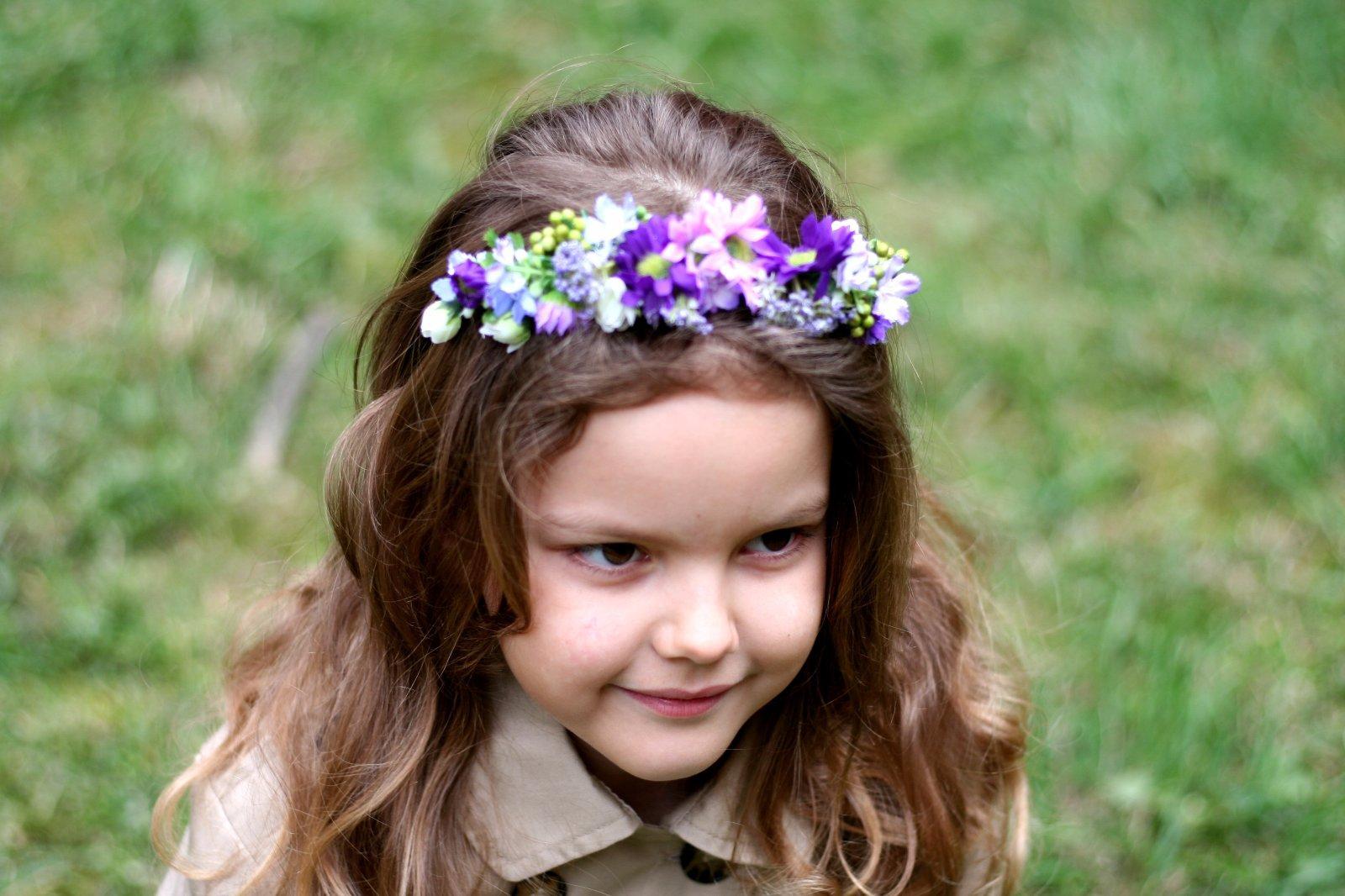 60cf11b4c42 Kvetinové čelenky a venčeky 29 fotiek