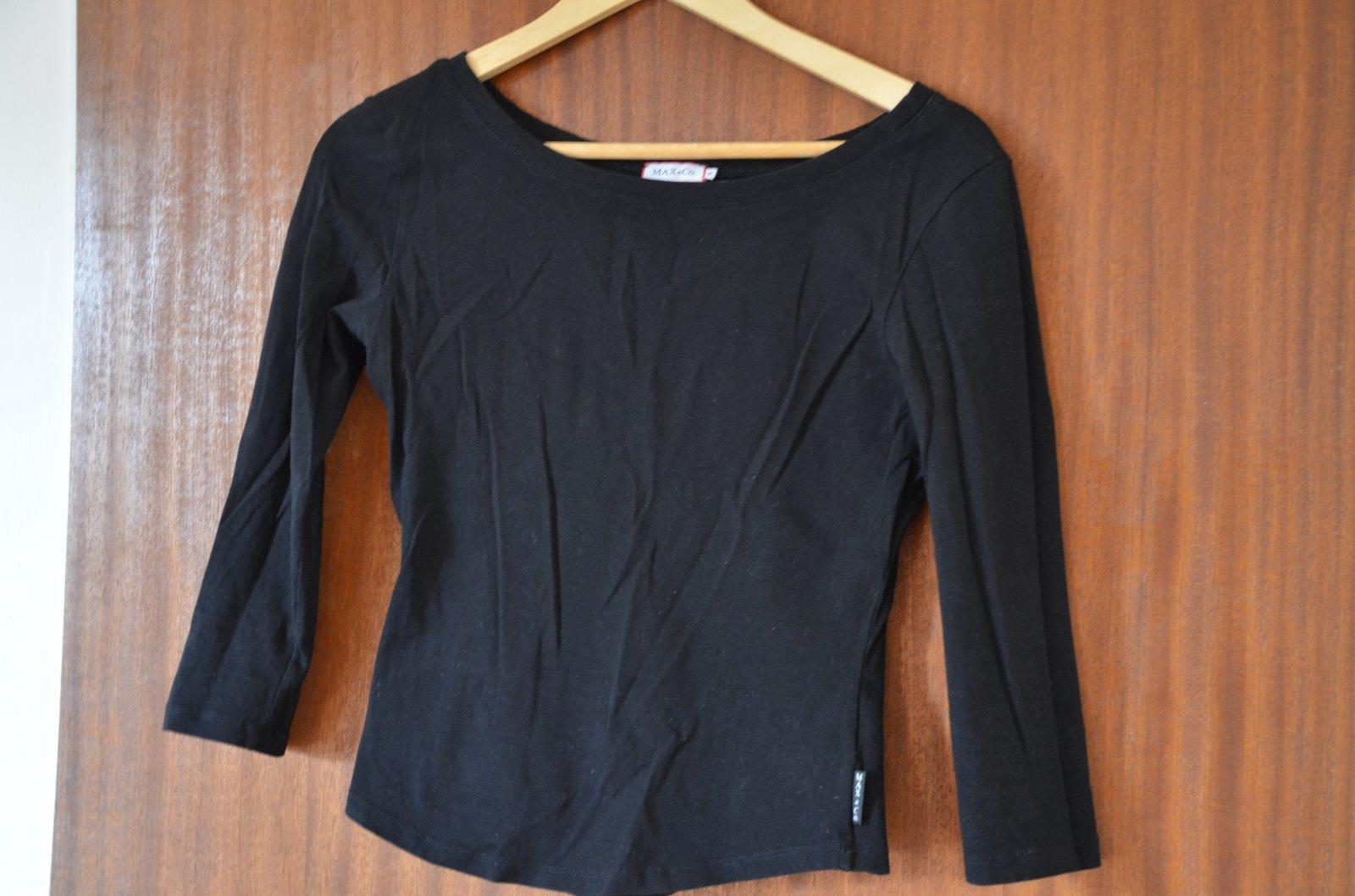 7aa70c8edb95 Dámske elastické tričko s lodičkovým výstrihom