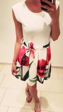 Letné šaty s červenými tulipánmi, admiral,s