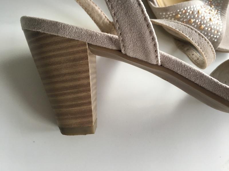 69d335b9c3 Želám vám príjemné nakupovanie! Plesové sandálky ...
