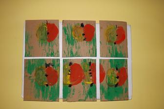 papierove dlazdicky - odzboba na kuchynsku stenu - Patrickova tvorba inspirovana relaciou Sikulove na CT