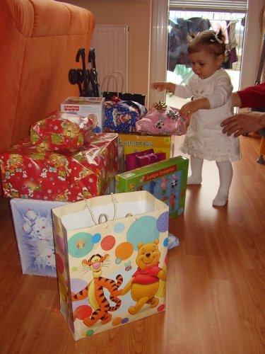 A tu sú všetky darčeky pokope
