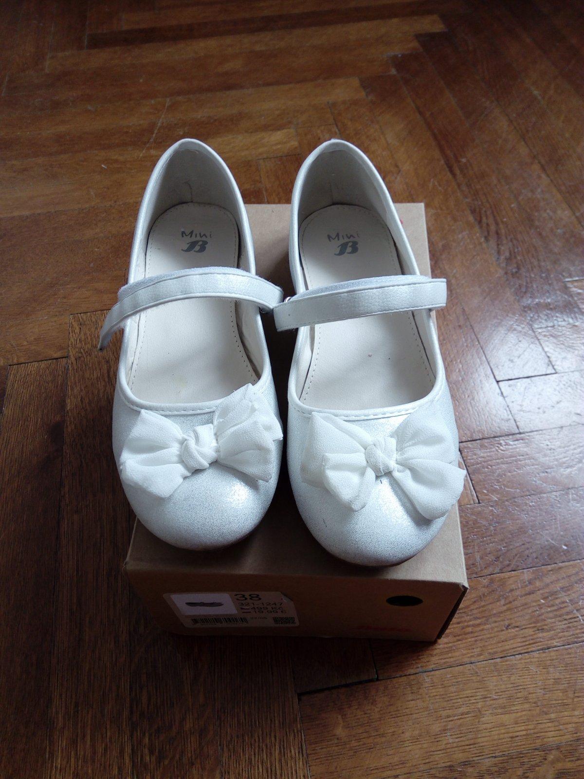 6bd7c94d33 Biele baleriny