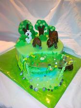 Torta s medvedmi a jazierkom na narodeninou  party mojho syna, kakaovy korpus, plnka parizska slahacka s mascarpone, banany