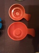 Formicky tupperware na puding,