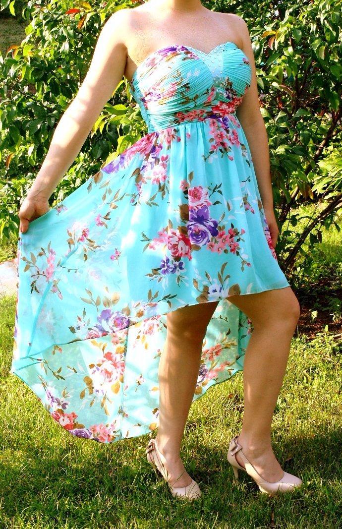 c5e1454d0219 Ak máte nejaké otázky pokojne sa p. Spoločenské šaty vpredu krátke vzadu  dlhé ...
