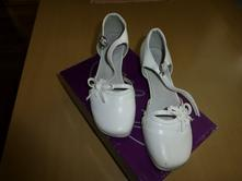 Slávnostné topánky, 35