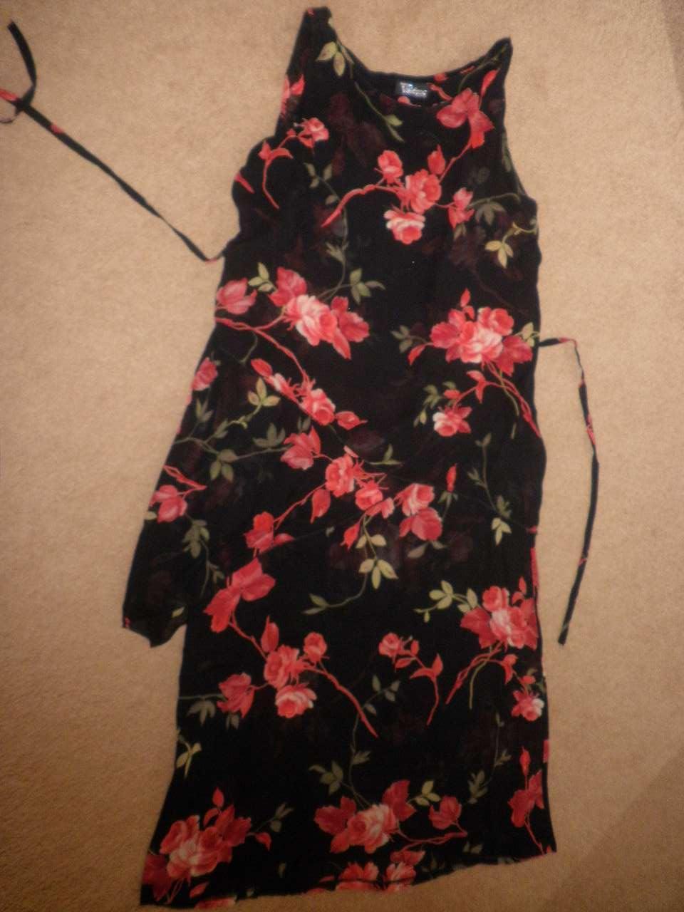 91d819c5e217 Elegantné čierno-červené šaty