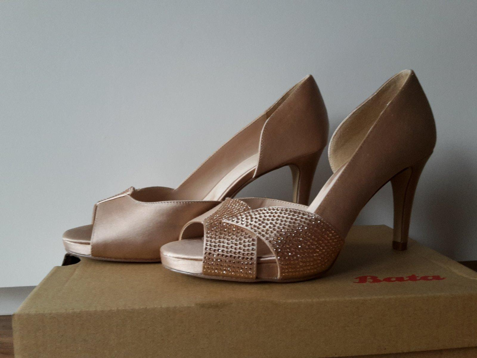 619045060602 Spoločenské topánky s kamienkami