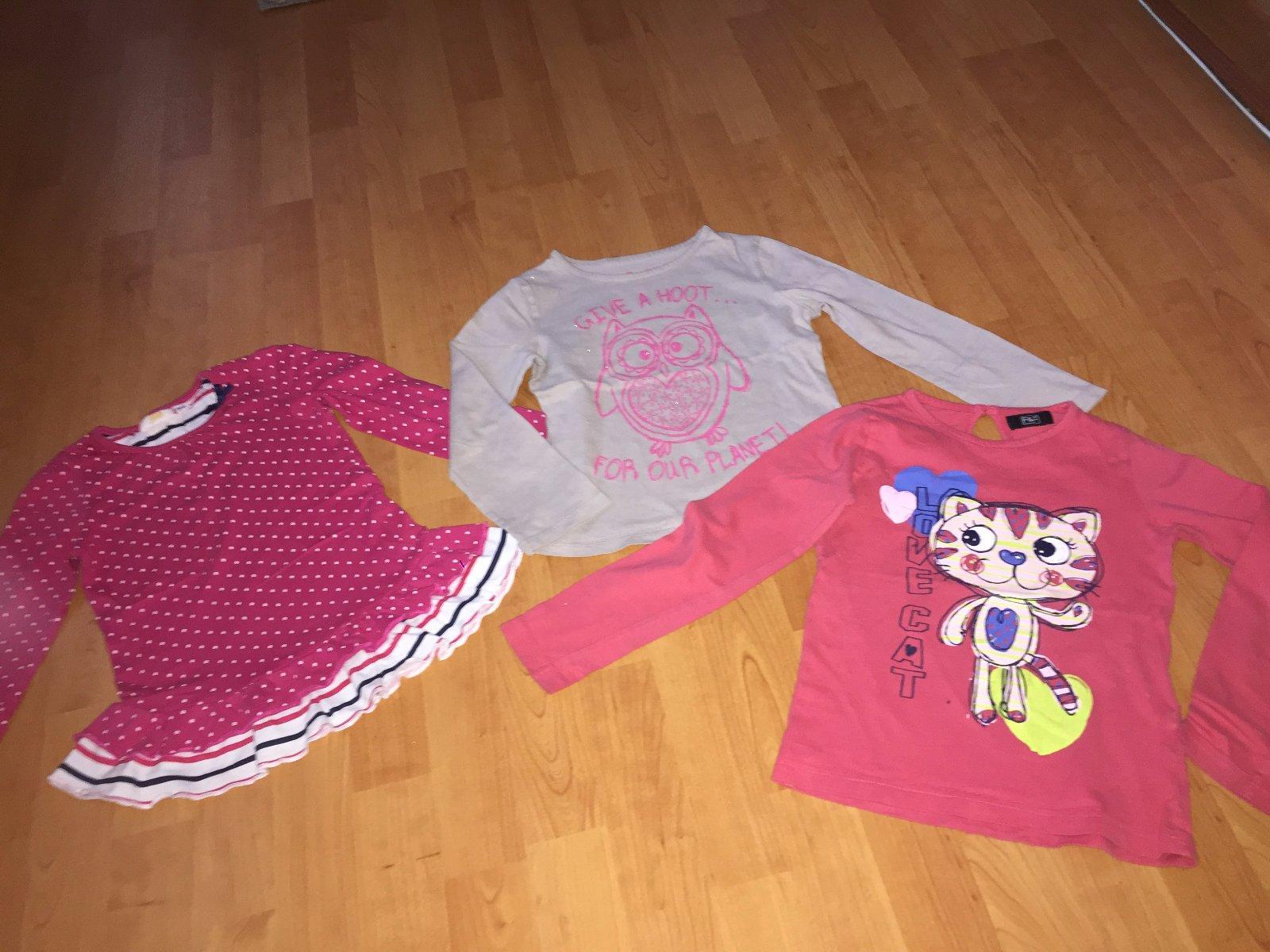 ee9e0a895ec1 2 dievčenské tričká - dlhý rukáv - cena spolu