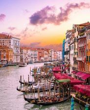 Venice  Italy 🚣♀️