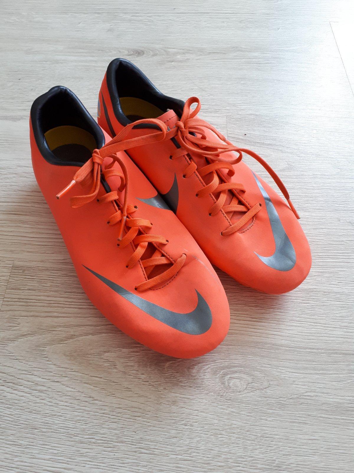 Nike kopačky 0248f3c2633