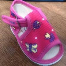 Akcia -dievčenské sandálkové papučky č.17, s´botex,17
