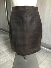 Kvalitná dámska kožená sukňa, s