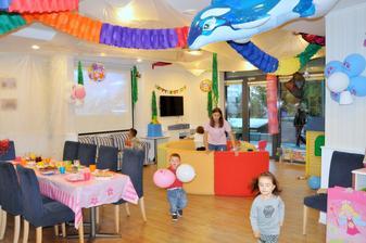 Podmorský svet pre oslavu v štýle Ariel alebo Morská panna