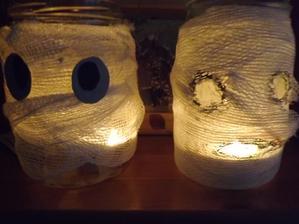 halloweenske lampasiky v style mumia