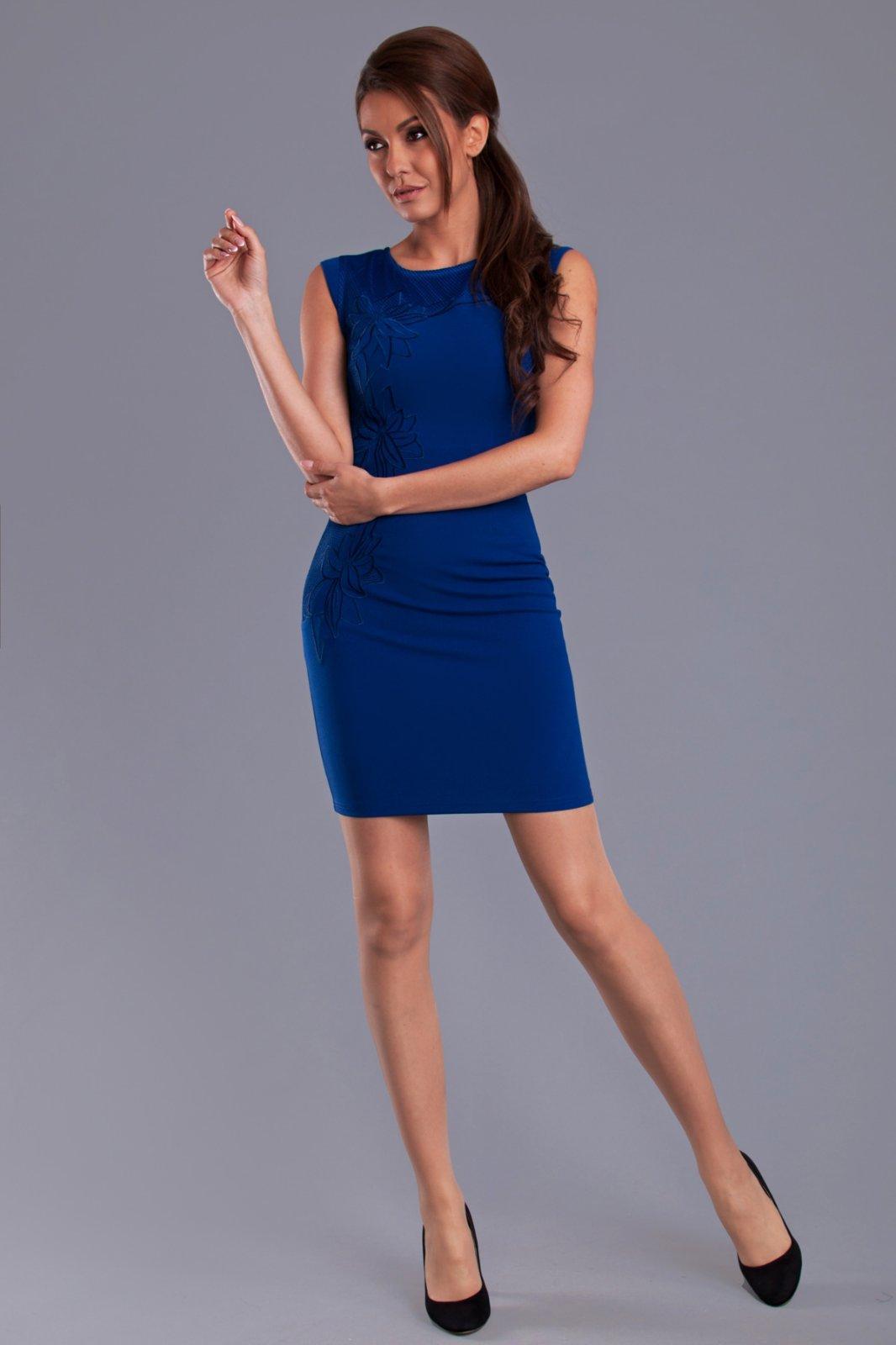 Stužková - čo si má obliecť mamička  - Modrý koník 447e90c635a