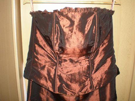 1ccaed19ace7 Korzet+sukňa-pre nižšie postavy