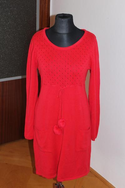 Poraďte šaty na zábavu - Modrý koník fb6e72fe723