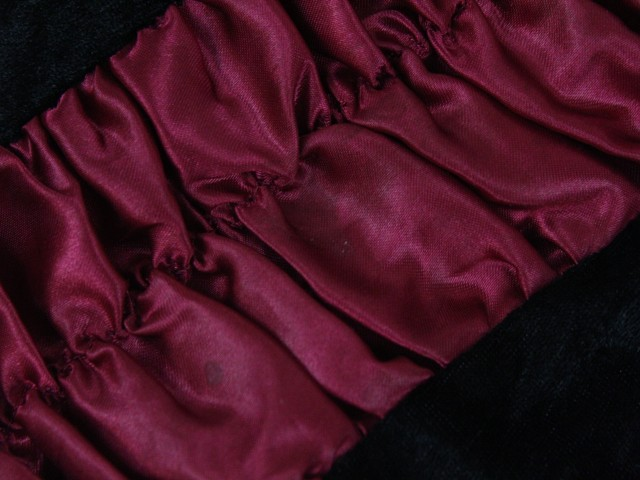 3396e04ba8ec Zobraz celé podmienky. Karnevalové gotické šaty veľ. 5-6 rokov